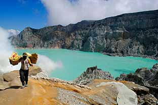 Volcán Kawah Ijen, un infierno en tierra indonesia